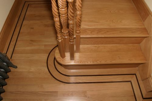 Solid Oak Strip flooring in narrow width with borders